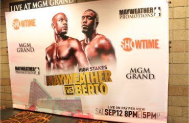Mayweather Berto Official Pre-Party